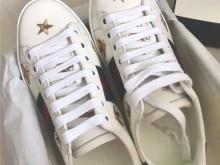 吃土也要入的Gucci 386750 Ace系列 蜜蜂星星小白鞋