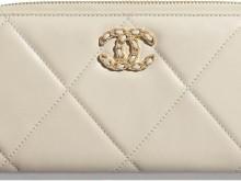 CHANEL AP1063 B01901 N5326 淡米色 19长款拉链皮夹