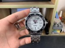 2020年有哪些值得入手的腕表,欧米茄海马潜水300米手表
