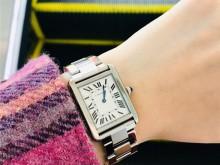 打赏自己一支cartier卡地亚tank solo手表
