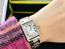 假期奖励自己一块卡地亚手表 Cartier tank