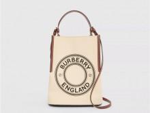 Burberry博柏利 80268241 Peggy 小号徽标图案棉质帆布佩格水桶包