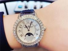 柔美细腻、熠熠生辉-积家约会月相珠宝腕表!