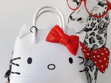 Balenciaga Hello Kitty贝壳包