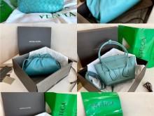 2020Bottega Veneta最收欢迎新颜色:油画蓝