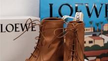 阿白白分享| Loewe21新款穆勒拖鞋&羊皮短