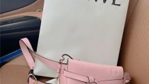 Loewe腰包粉红色购买分享