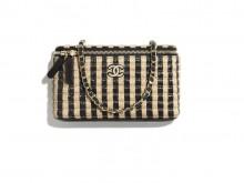 Chanel AP1999 B05010 N4130 链条化妆包