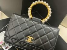 香奈儿上新日 Chanel 2021早秋款珍珠手柄包