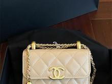 Chanel AP2290 早秋手工坊 双球金珠迷你包