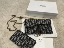 老公选包|Dior Saddle Wallet