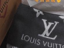 秋冬|LV M71040 双面羊绒围巾黑灰色
