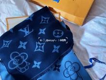 LV M77129 围巾新品|可可爱爱Vivienne