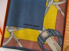 SG 爱马仕|秋季新款镶边金质马刺羊绒蚕丝围巾,我很喜欢